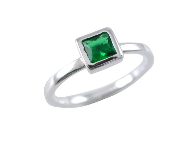Sterling Silver 6mm Square Green Cubic Zirconia Ring