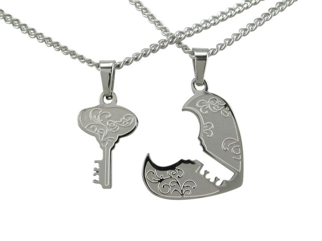 Stainless Steel 21x18mm Key To My Heart Break (incudes 2 Chains) Necklet 45cm