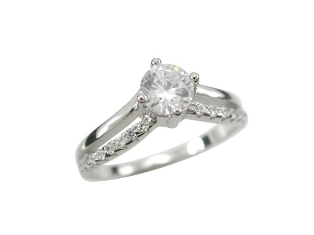 Sterling Silver 7mm White Cubic Zirconia V Shape Ring